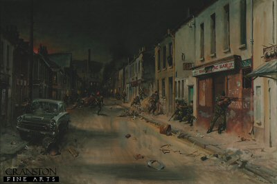 DHM815.  Leeson Street Patrol by Terence Cuneo. <p> Members of R Company The Royal Green Jackets in action during their 4 month operational tour of Northern Ireland in September 1971. <b><p> Open edition print. <p> Image size 25 inches x 15 inches (64cm x 38cm)