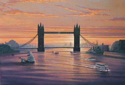 Tower Bridge at Sunrise by Graeme Lothian. (GS)